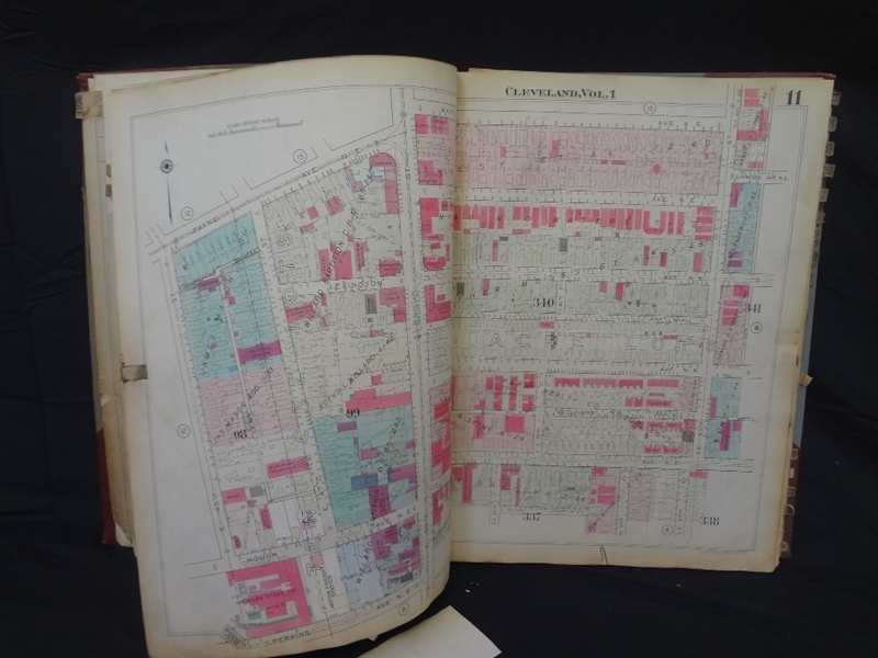 1932 G.M. Hopkins Cleveland Plat Survey Book