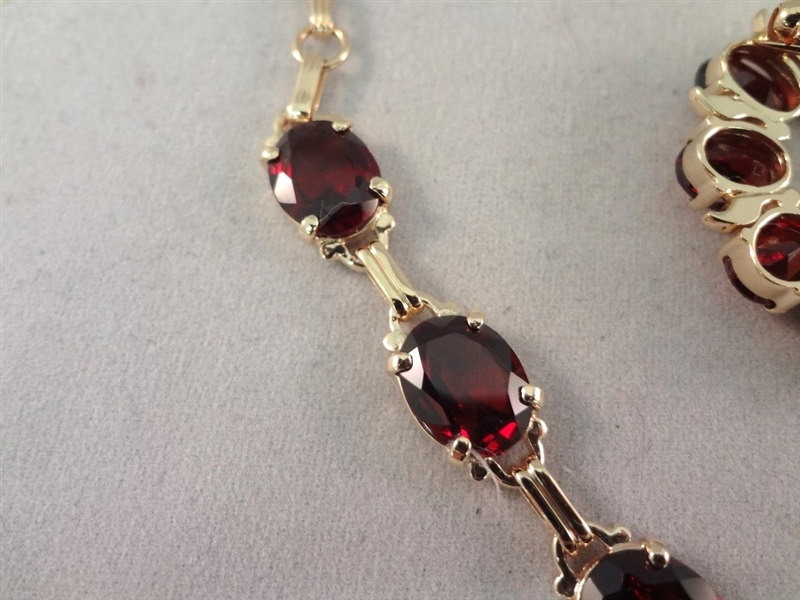 14K Gold and Garnet Jewelry Suite: Necklace, Pendant, and Earrings