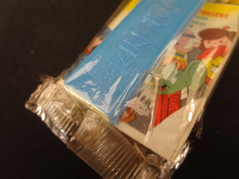 Pez Dispenser Donald Duck in Original Cellophane Package Patent 2.6