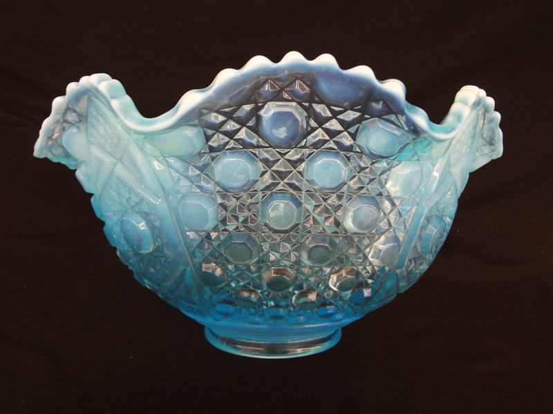 L.E. Smith Blue Opalescent Daisy and Button Punch Bowl