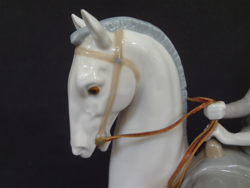 Lladro Large Woman on Horse #4516 Issued 1970