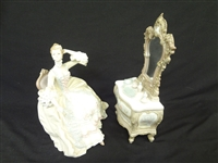 "Lladro ""Lady at Dressing Table"" Retired 1978"