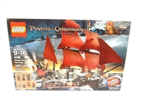 LEGO Collector Set #4195 Pirates of the Caribbean Queen Annes Revenge New and Unopened