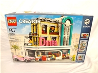 LEGO Collector Set #10260 Creator Downtown Diner New and Unopened
