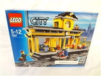 LEGO Collector Set #7997 City Train Depot New and Unopened