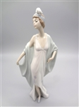 Lladro Sophisticate With Original Box